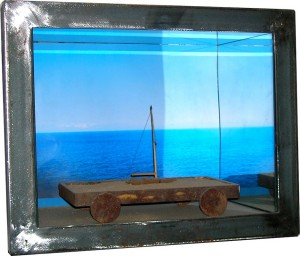 Toast - Steel, mirror, wood, sand, print - Sold